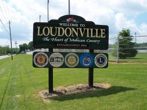 welcome_sign_loudonville